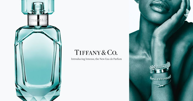 Oficjalne zdjęcie promujące perfumy Tiffany Intense