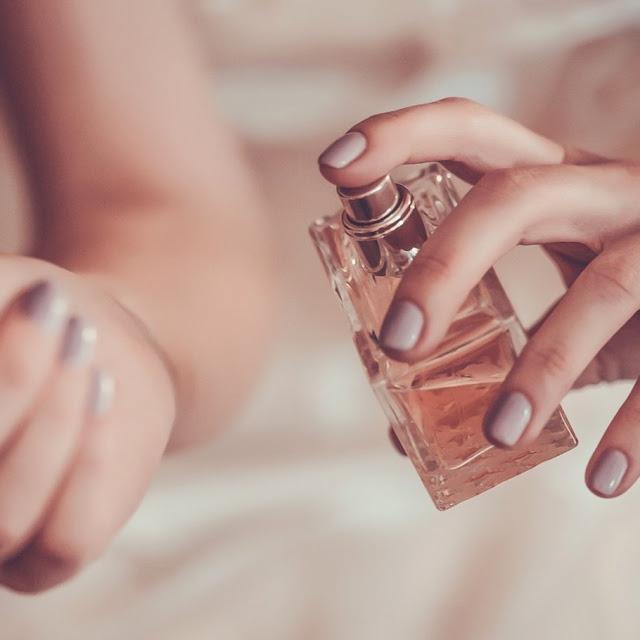 Od czego zależy trwałość perfum